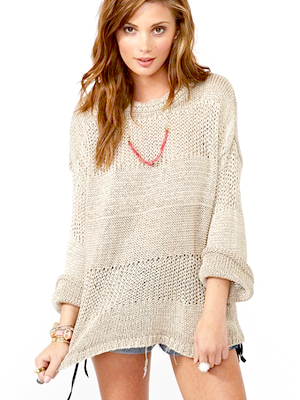 Light knits are the perfect accompaniment to any outfit ,, yes, even when  it\u0027s hot out. Here\u0027s how to wear this trend