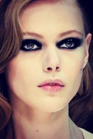 file_20_11651_eye-trends-smoky-metallic-eye