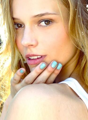 6 Best Spring Nail Polish Shades