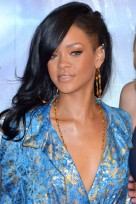 file_107_14341_rihanna-hairstyles-shaved-side