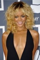 file_113_14341_rihanna-hairstyles-blonde-dark-roots