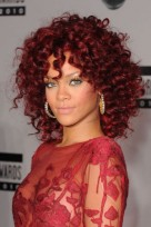 file_127_14341_rihanna-hairstyles-red-ringlets