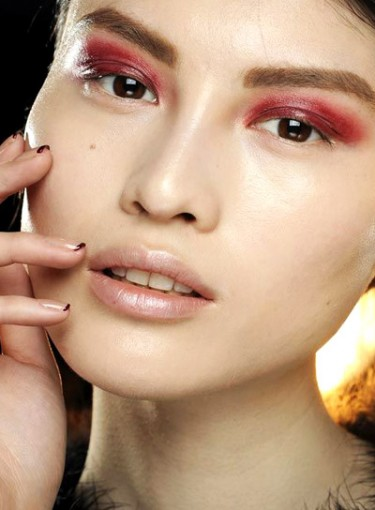 10 Gorgeous Beauty Products in This Season's 'It' Color