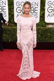 file_14_14421_best-dressed-golden-globes-chrissy-teigen
