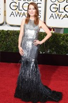 file_68_14421_best-dressed-golden-globes-julianne-moore