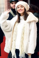 file_49_14551_beauty-riot-beanies-victoria-justice