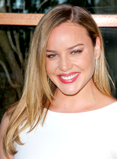 Abbie Cornish's Long, Blonde, Straight, Chic Hairstyle