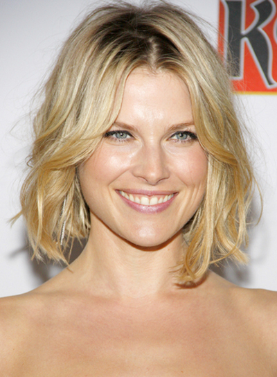 Ali Larter's Medium, Wavy, Tousled, Blonde, Bob Hairstyle