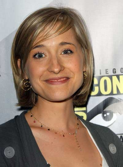 Allison Mack Short, Straight, Chic, Blonde Bob with Bangs