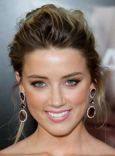 Amber Heard Romantic, Wavy Updo