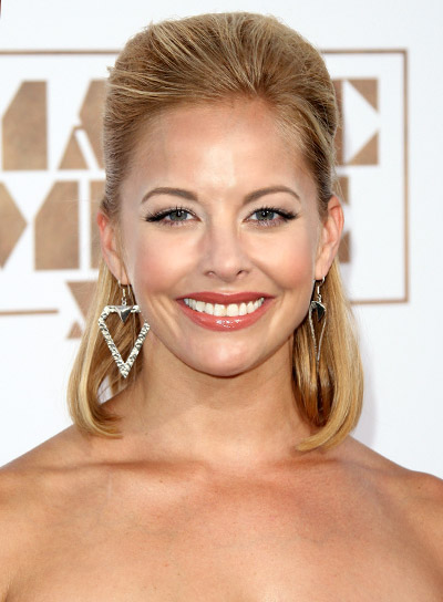 Amy Paffrath's Short, Straight, Blonde, Wedding Half Updo Hairstyle