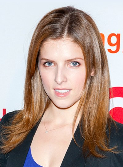 Anna Kendrick's Straight, Brunette, Chic, Sophisticated Hairstyle