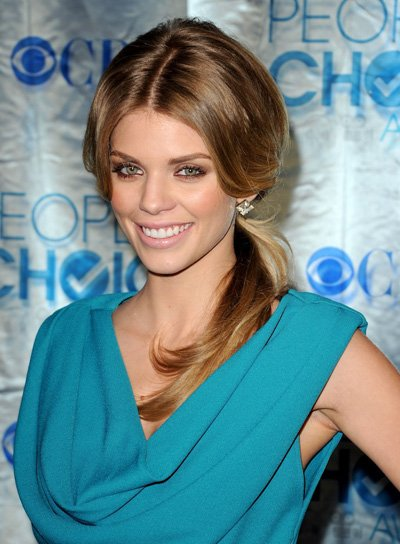 AnnaLynne McCord Medium, Sophisticated, Brunette Ponytail