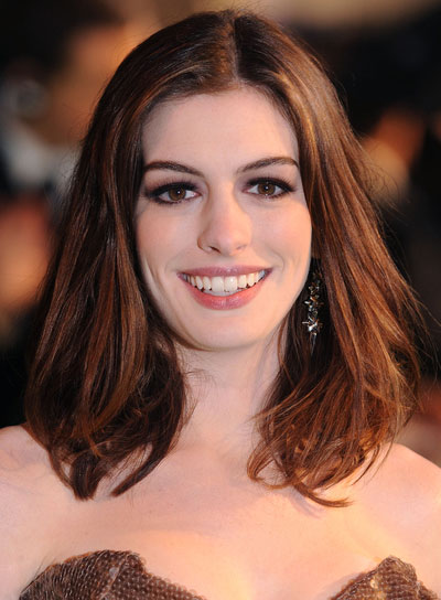 Anne Hathaway Medium, Tousled Brunette Hairstyle