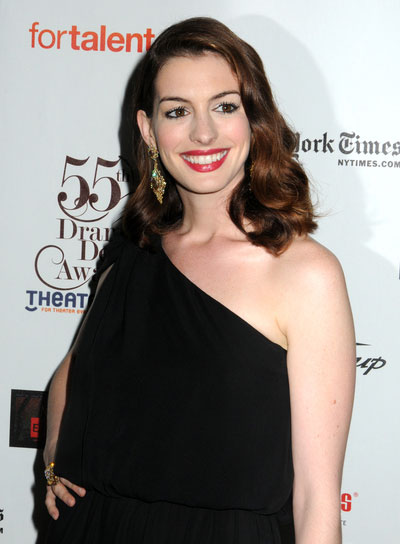 Anne Hathaway Romantic, Wavy, Brunette Hairstyle