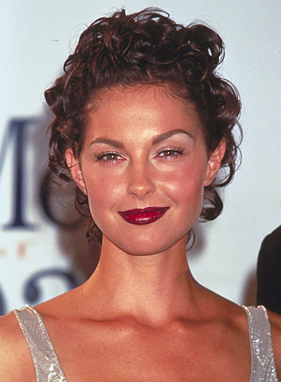 Ashley Judd Curly, Brunette Updo