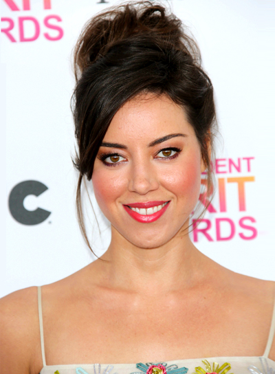 Aubrey Plaza's Brunette, Chic, Party, Updo Hairstyle