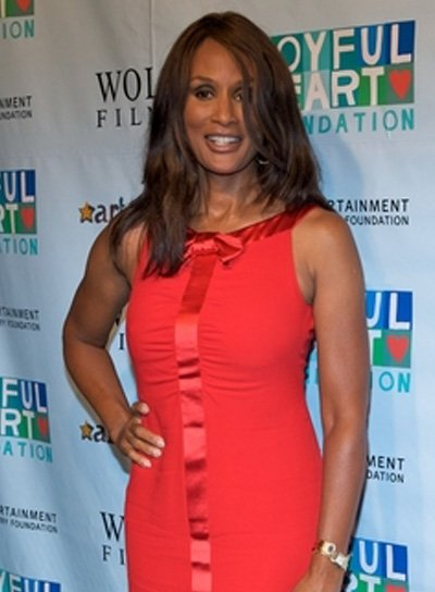 Beverly Johnson Medium, Straight, Brunette Hairstyle