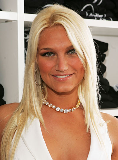 Brooke Hogan Layered, Straight, Blonde Hairstyle