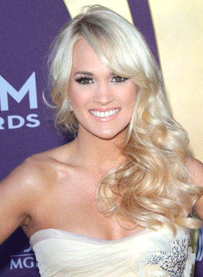 Carrie Underwood's Long, Curly, Romantic, Wavy Hairstyle