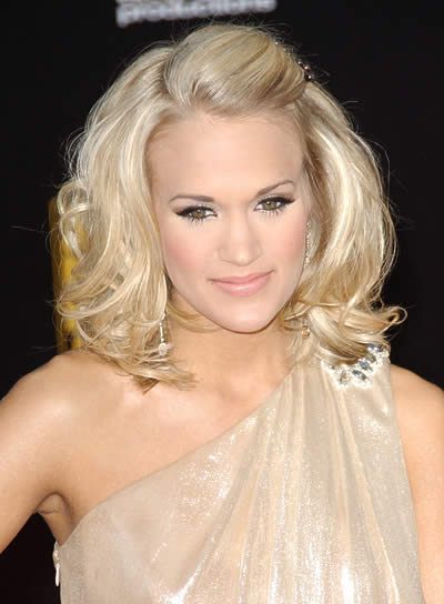 Carrie Underwood Wavy Half Updo