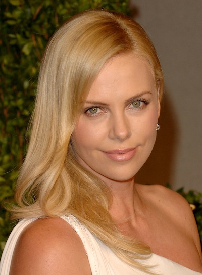 Charlize Theron's Long, Straight, Sophisticated, Blonde Hairstyle