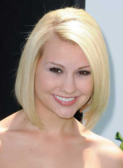 Chelsea Staub Short, Straight, Blonde Bob