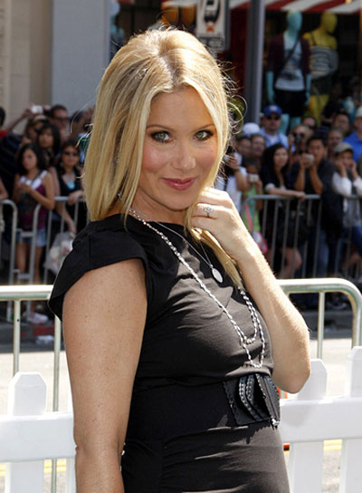 Christina Applegate Chic, Straight, Blonde Hairstyle