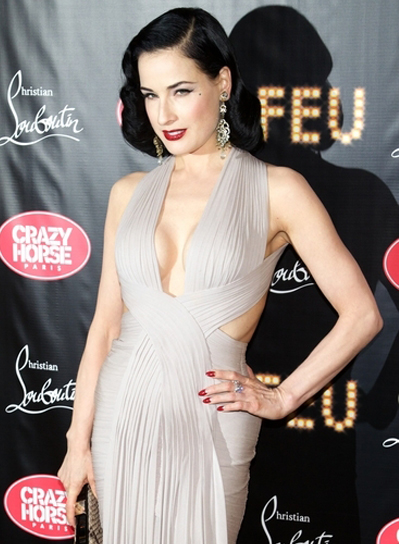 Dita von Teese's Medium, Wavy, Sexy, Romantic Hairstyle