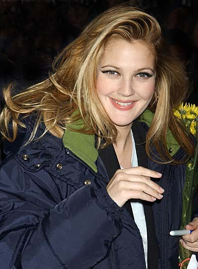 Drew Barrymore Long, Wavy Romantic Hairstyle