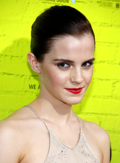 Emma Watson's Short, Chic, Sophisticated, Brunette Hairstyle