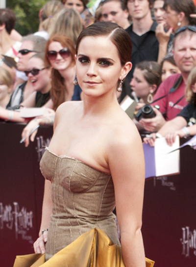 Emma Watson Short, Straight, Brunette Hairstyle