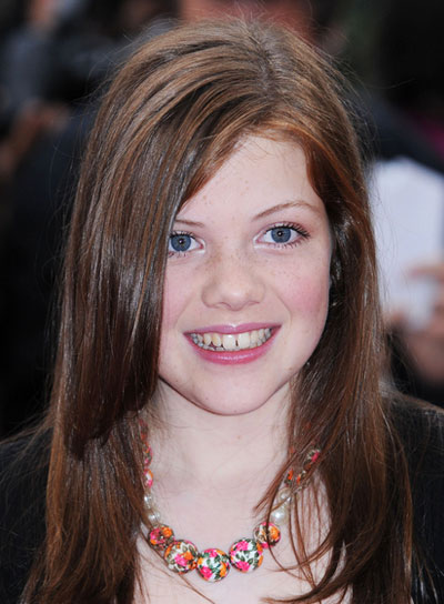 Georgie Henley Long, Straight, Brunette Hairstyle