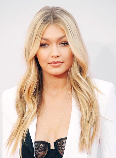 Gigi Hadid with a Long, Blonde, Tousled, Sexy Hairstyle Pictures