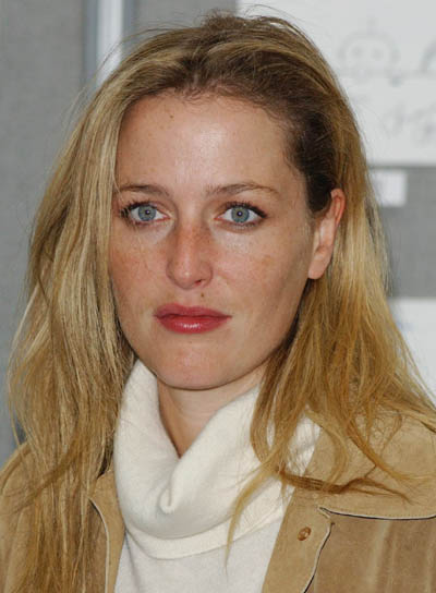 Gillian Anderson Long, Tousled, Blonde Hairstyle