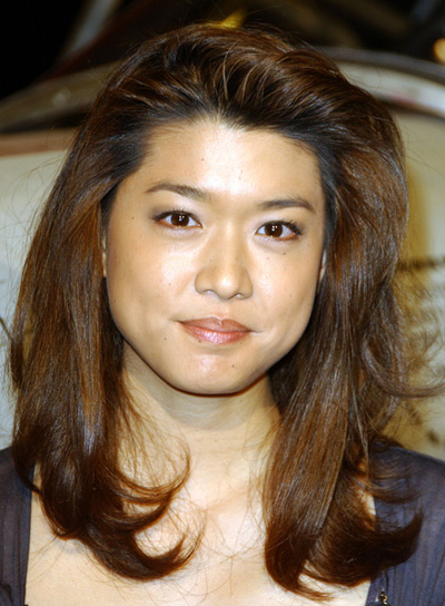 Grace Park Medium, Straight, Tousled, Brunette Hairstyle