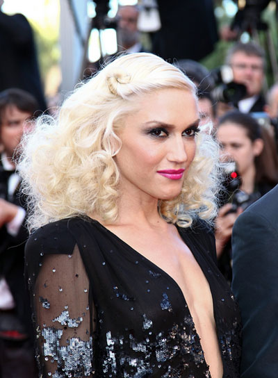 Gwen Stefani Tousled, Curly, Sexy, Blonde Hairstyle with Braids and Twists
