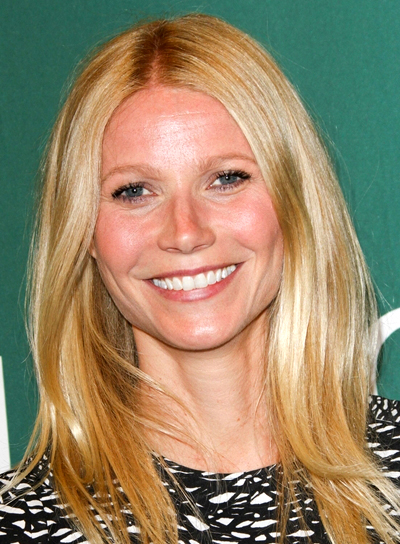Gwyneth Paltrow's Blonde, Medium, Straight, Chic Hairstyle