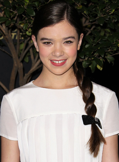 Hailee Steinfeld Long, Chic, Brunette Hairstyle with Braids and Twists
