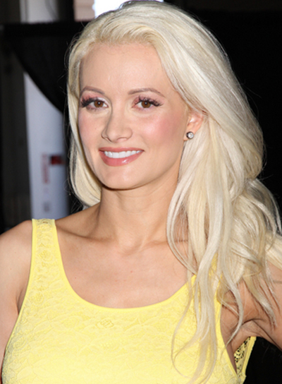 Holly Madison's Long, Wavy, Romantic, Blonde Hairstyle