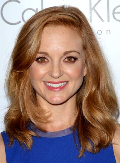 Jayma Mays' Romantic, Wavy, Medium, Red, Hairstyle