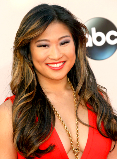 Jenna Ushkowitz's Long, Brunette, Wavy, Hairstyle with Highlights