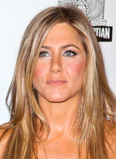 Jennifer Aniston's Long, Straight, Blonde, Tousled Hairstyle
