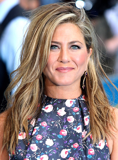 Jennifer Aniston's Long, Tousled, Blonde, Sexy Hairstyle