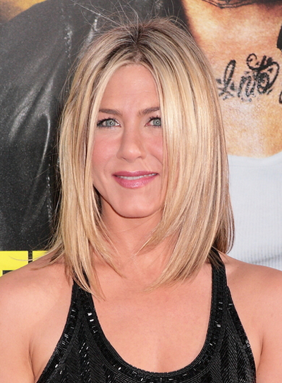 Jennifer Aniston Straight, Layered Bob