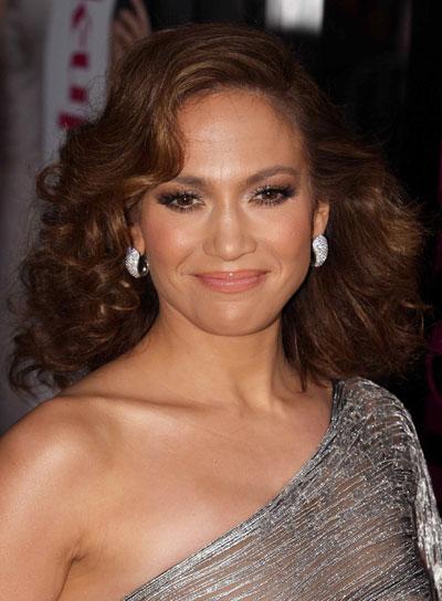 Jennifer Lopez Medium, Curly, Tousled Hairstyle