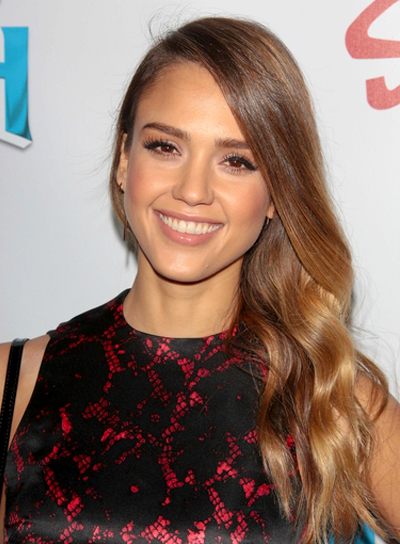 Jessica Alba's Long, Wavy, Romantic, Brunette Hairstyle