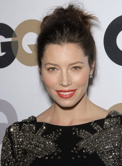 Jessica Biel Chic, Brunette, Party Updo