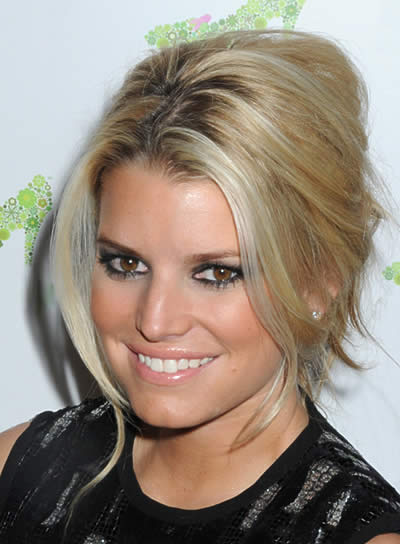 Jessica Simpson Edgy, Blonde Updo