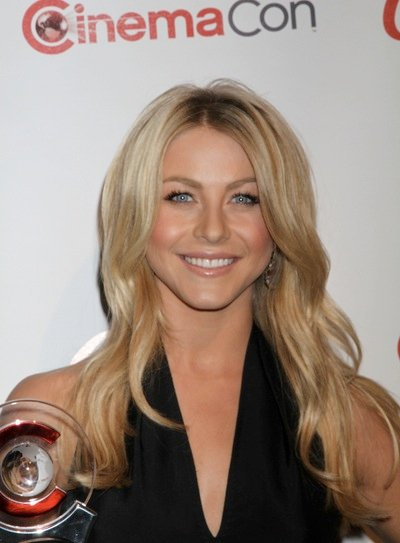 Julianne Hough Long, Sexy, Blonde Hairstyle